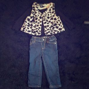 Vest Calvin Klein outfit girls toddlers 12-18M